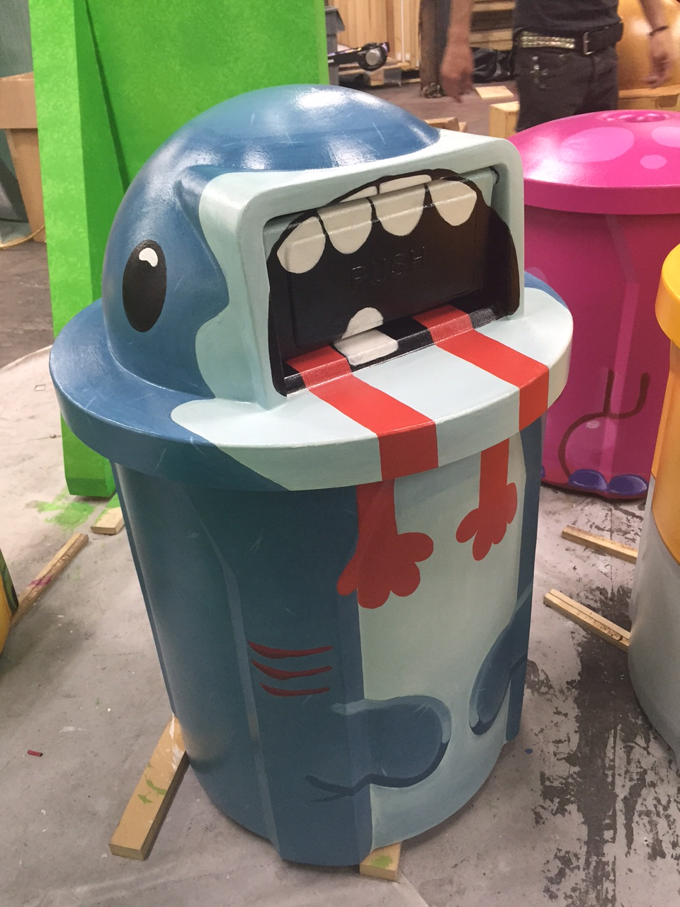 Shark trash can for Snapchat