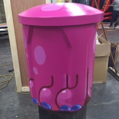 Octopus trash can for Snapchat