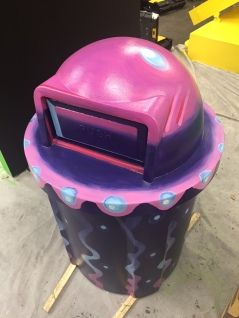Jellyfish trash can for Snapchat