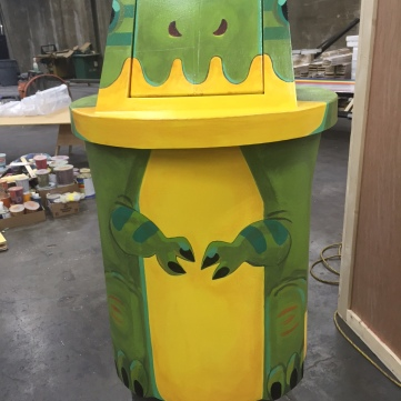 Image Result For Painted Trash Can Art