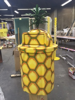 Pineapple trash can for Snapchat